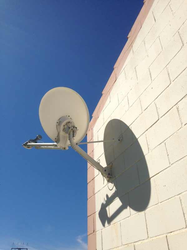 Internet_Satelite_Huerto_Solar_Electronica_Quintana
